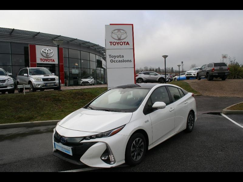 Véhicule d'occasion TOYOTA – Prius Rechargeable à Limoges